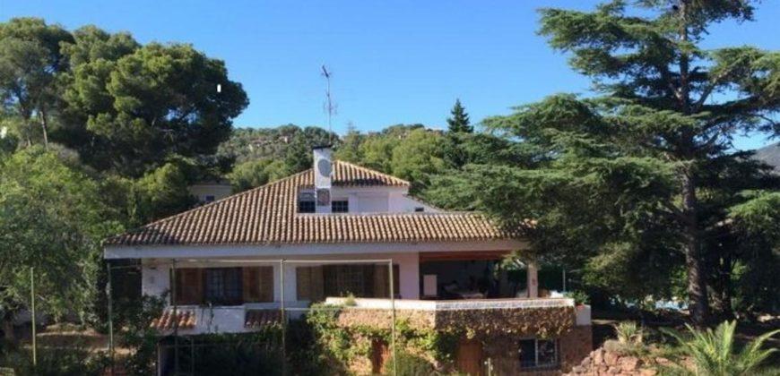 Chalet estilo Mediterraneo