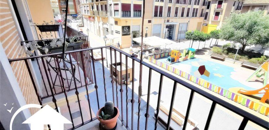 Piso zona Bulevar con 2 terrazas y balcon