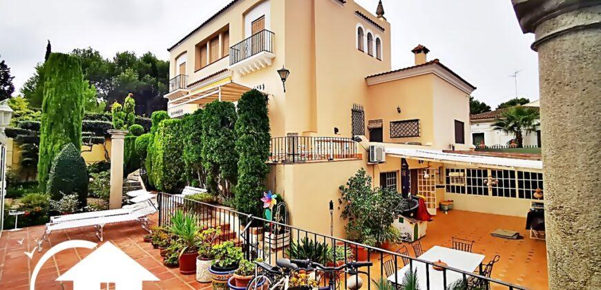 Palacete en el centro Betera